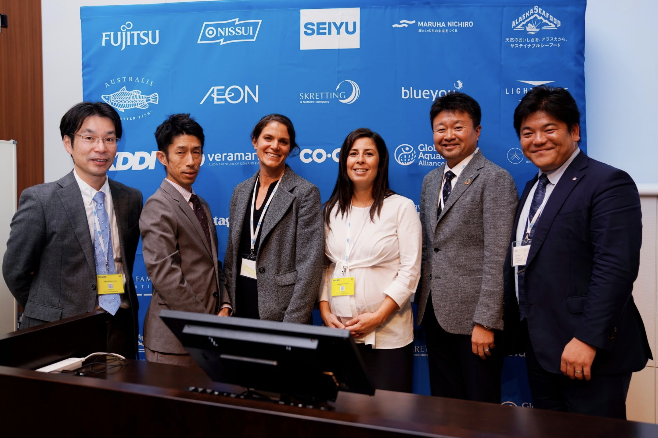 Panelists at the recent Tokyo Sustainable Seafood Symposium last November 2019, from left: Jun Sakai (Food Marketing Research and Information Center), Yukihiro Misawa (WWF Japan), Ashley Greenley (FishWise), Marta Marrero Martín (TNC), Sotaro Usui (CEO Usufukuhonten co.,ltd.), Wakao Hanaoka (Seafood Legacy).